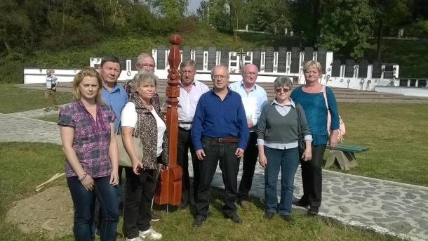 Emlékút Baranyából – Kárpátaljára: Kopjafaállítás 2016 - Emlékút