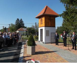 Emlékmű létrehozása Győrváron a Szovjetunióba hurcolt politikai foglyok és kényszermunkások emlékére